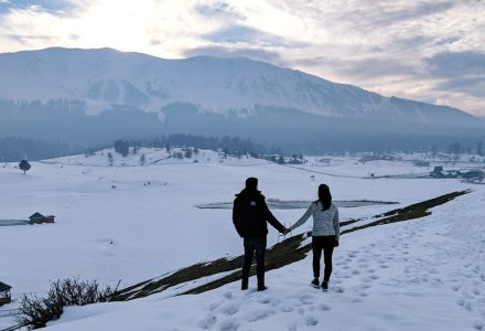 6 Best Places for Destination Wedding in Kashmir